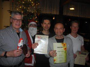 Die Geehrten (von li.): Manfred Hansen, Pierre Clausen, Torsten Bischoff, Sebastian Köhler